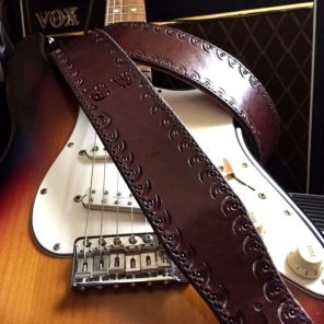 Standard Handcrafted CT Artisan Personalized with Upgraded Border, finished in Mahogany