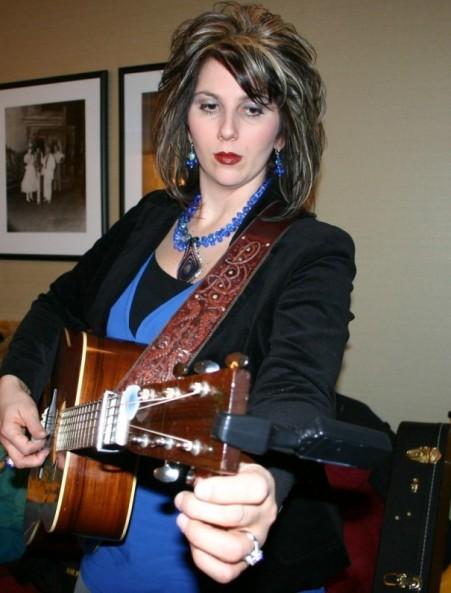 WP-Rebecca Isaacs Bowman-strap 2008